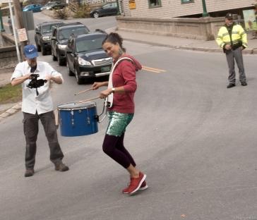 paula stopping traffic