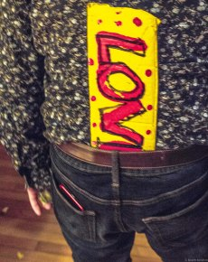 love sign in pants