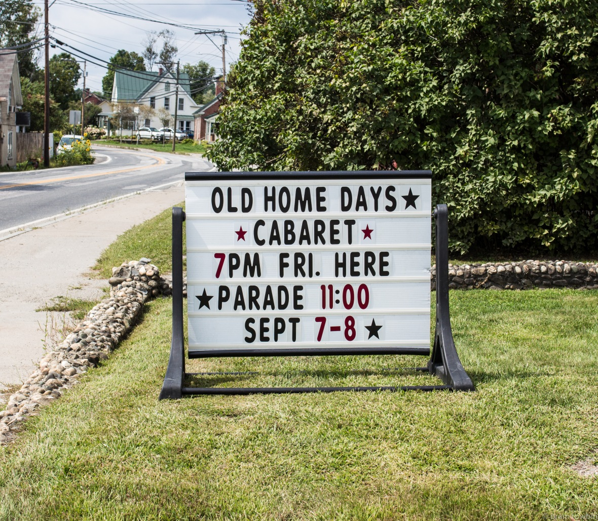 old home review sign